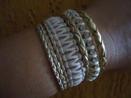 Bracelete mesclado em tons de bege 1371901481480 big