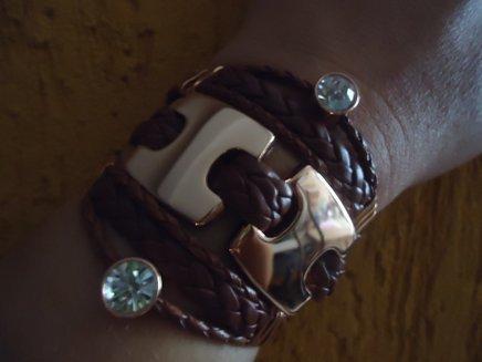 Bracelete courinho terra com strass 1371915757850 big