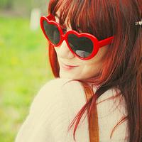 Oculos de sol Coração vermelho