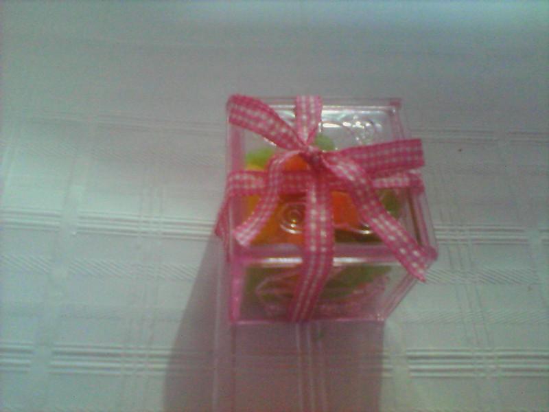 Caixinha rosa acrilico