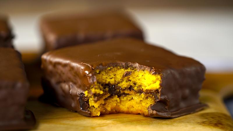 E1b87400 bolo de cenoura banhado em chocolate l thumb