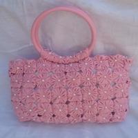Bolsa de fuxico rosa