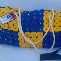 Bolsa  de fuxico tamanho Grande azul e amarela