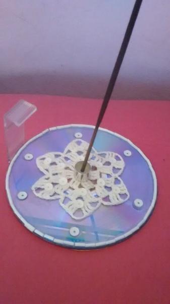 Porta incenso cd com croch%c3%aa