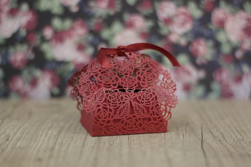Caixinha floral marsala aniversario de 15 anos